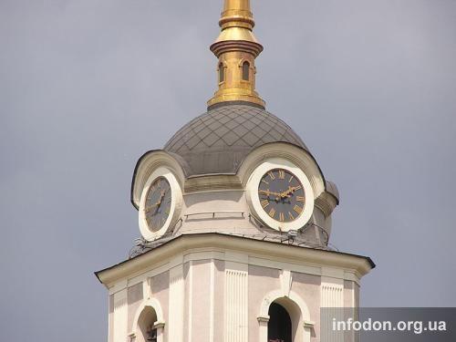 Часы на Святопреображенском кафедральном соборе
