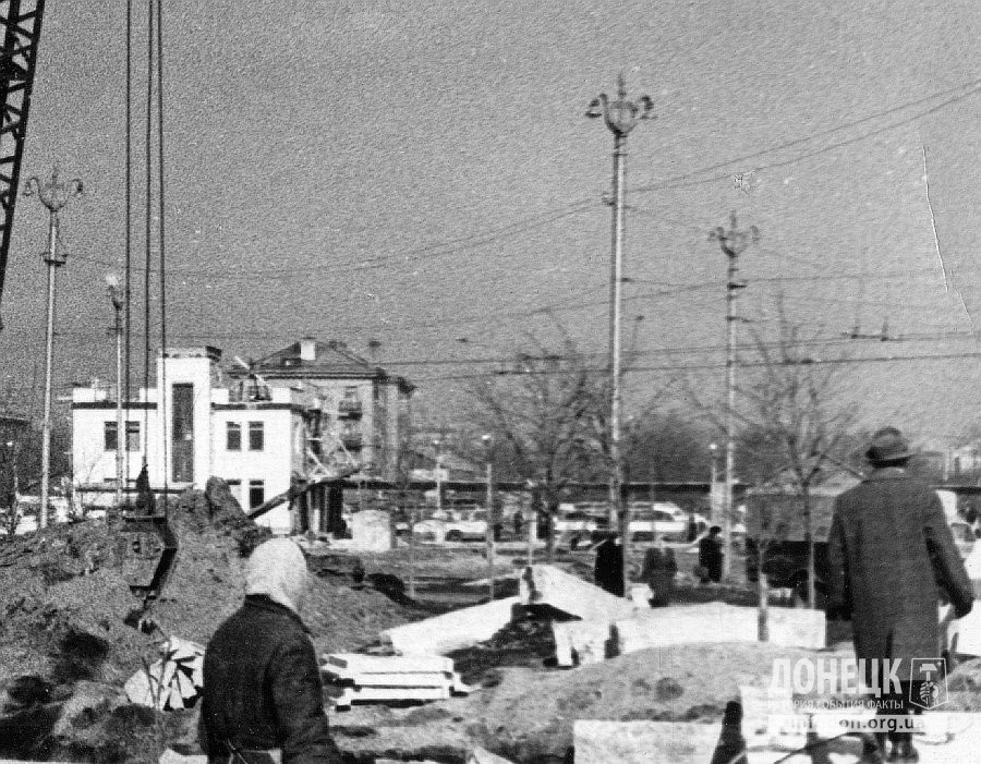 Строительство Шахтерской площади