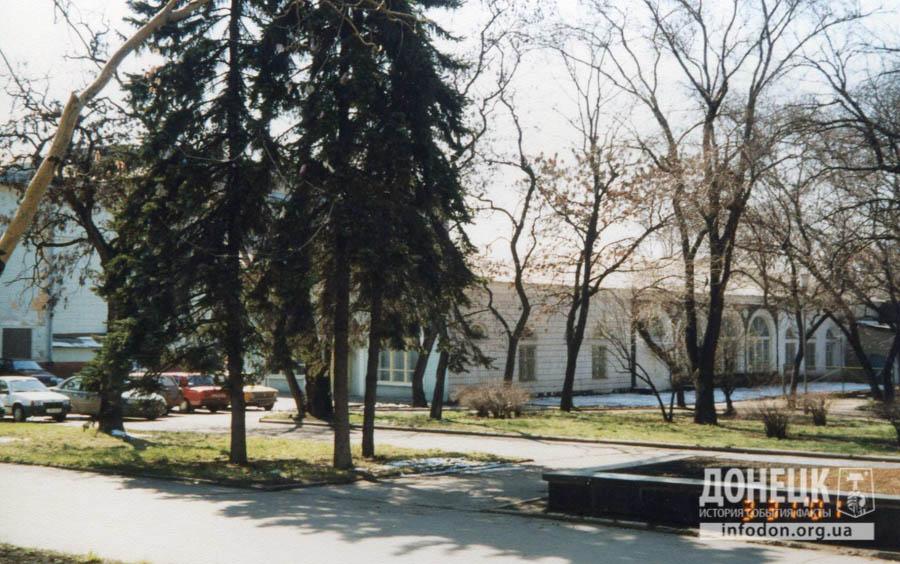 34 2001 вид на кафе Шахтарочка-2