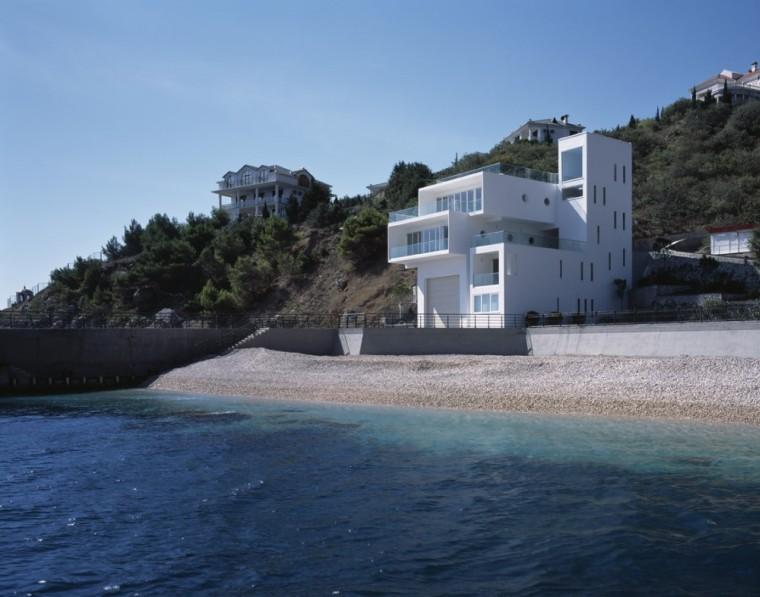 yacht-house-robin-monotti-architects_foros_002s_-ioana_marinescu