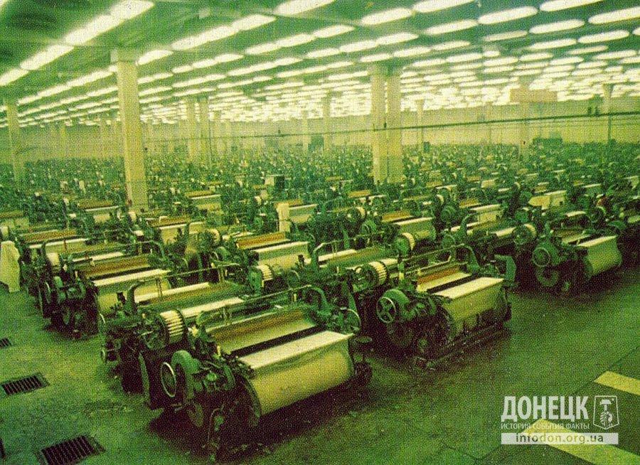 Ткацкий цех, выпускающий в сутки более 345 тысяч погонных метров суровых тканей.