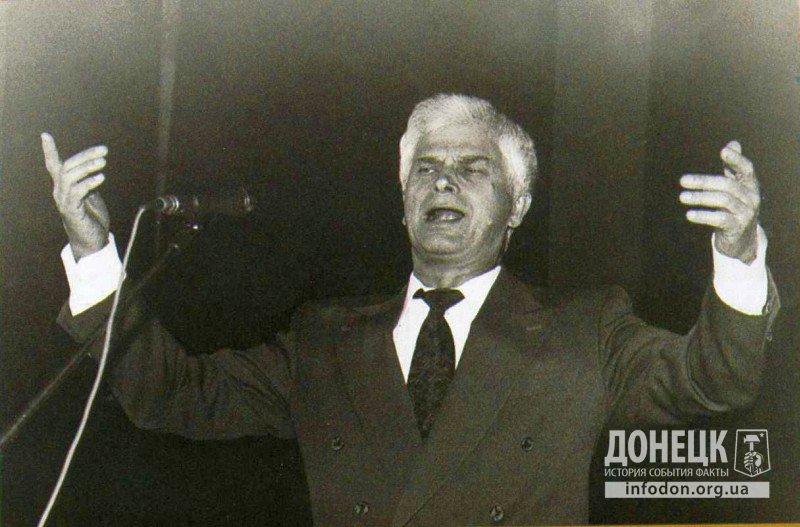Студент ДИИ, преподаватель ДИИ, народный артист СССР А. Соловьяненко