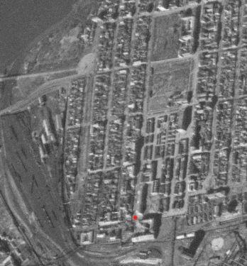 Аэросъемка времен оккупации. Слева от отметки красным видно здание городской тюрьмы - бывшее здание ДОПРа