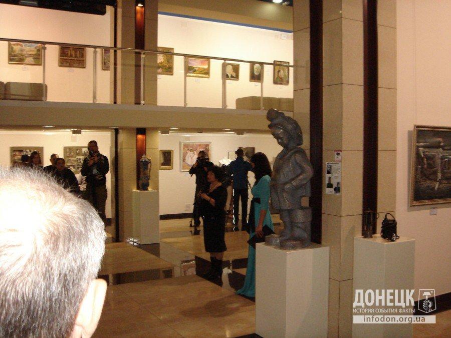 Приветствие коллегам - директор художественного музея Г.В. Чумак