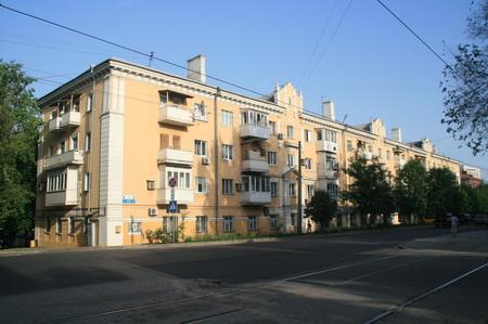 Дом в котором располагался первый автомагазин в Сталино