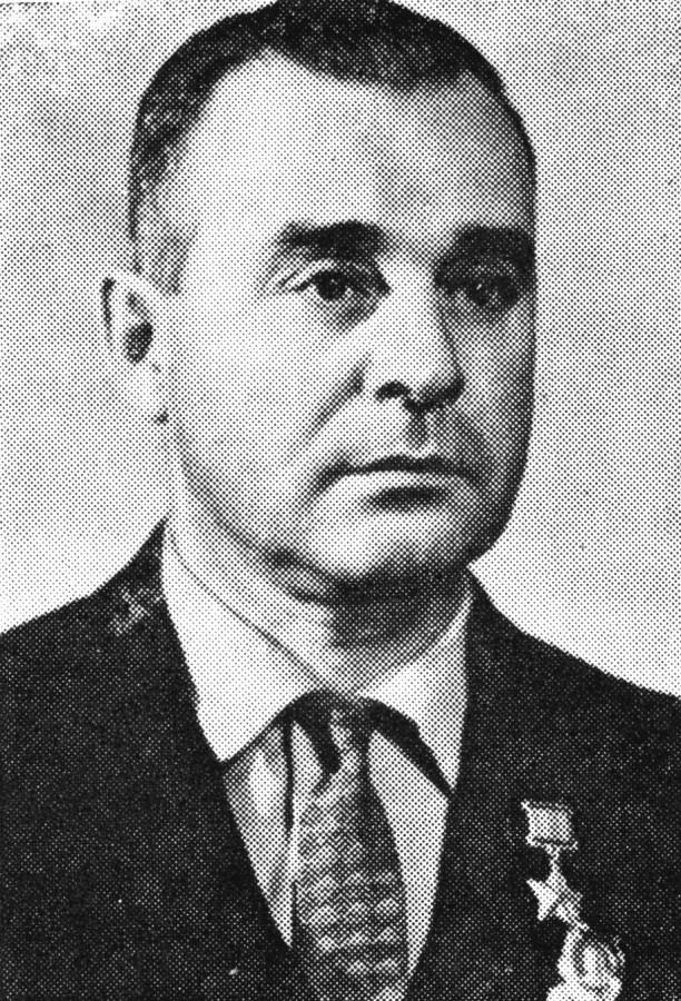 Безценный Виктор Николаевич