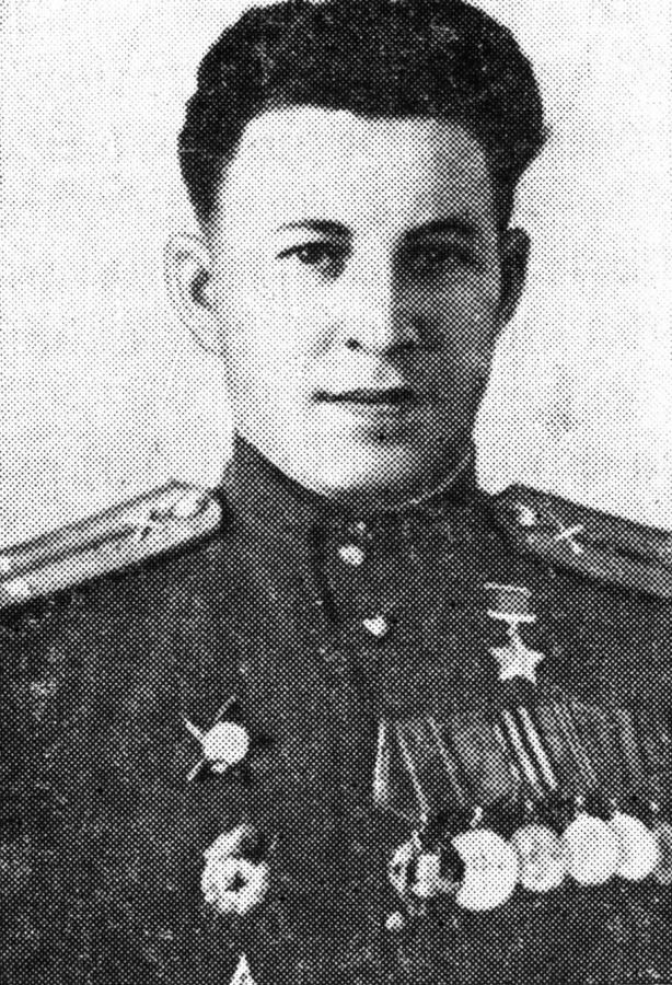 Бородин Леонид Григорьевич