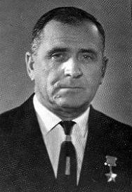 107 Кузьминов Василий Павлович