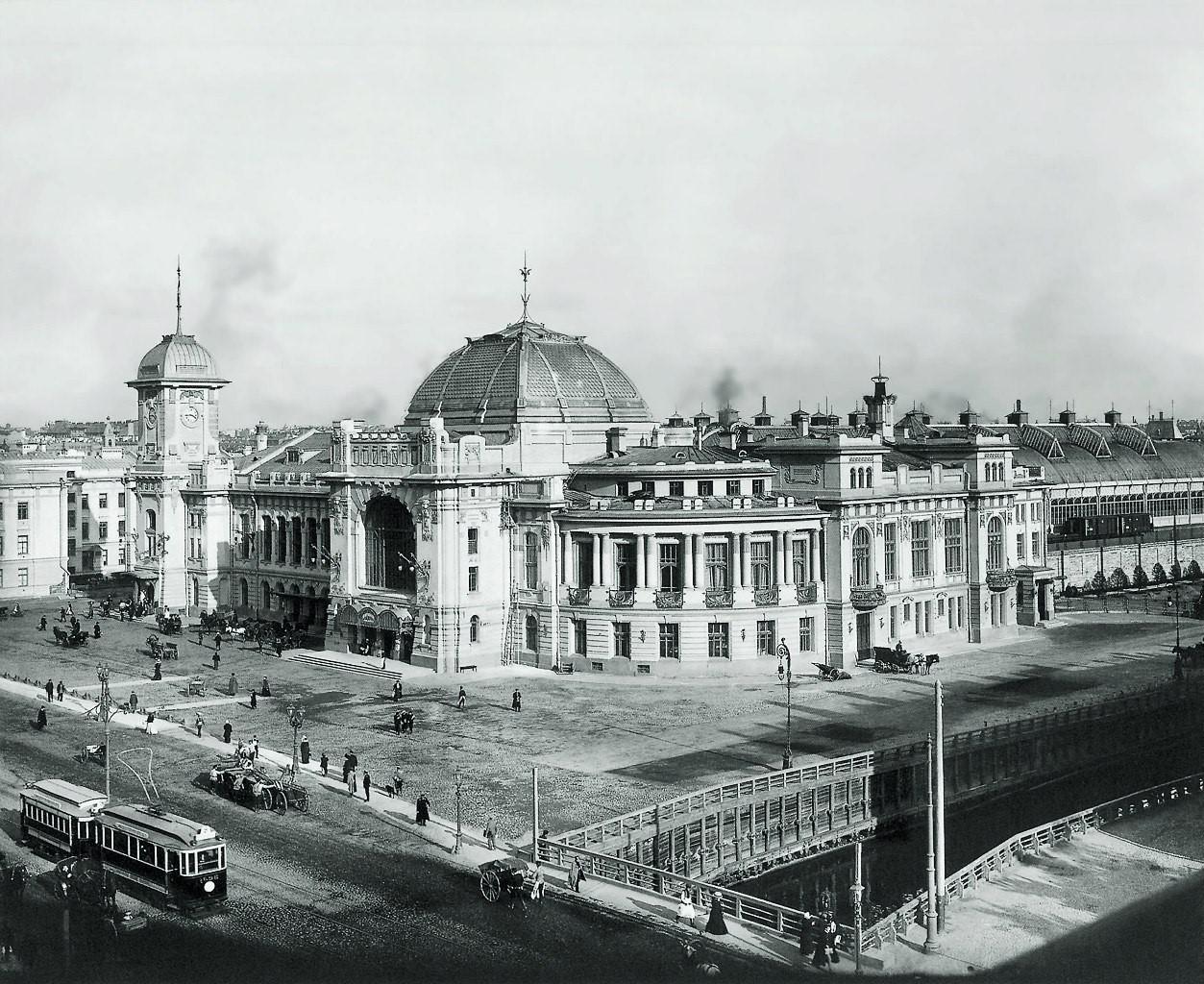 Царскосельский вокзал Петербурга. Где-то здесь 7 мая 1901 года при весьма странных обстоятельствах погиб Алексей Алчевский