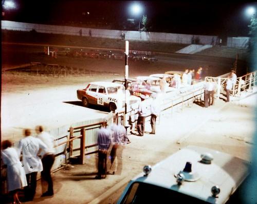 6. Мотодром. Ночные кольцевые автомобильные гонки. 1984 год