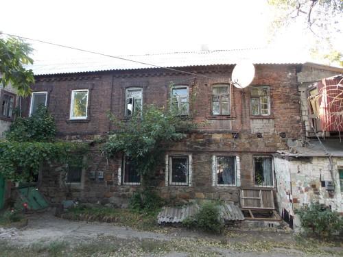 Дом врача Федора Васильевича Берви в начале современной улицы Челюскинцев